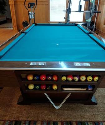 Brunswick Monticello 8' Pool Table (SOLD)