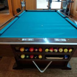 Brunswick Monticello 8' Pool Table